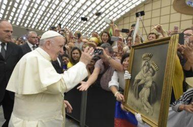 """Papa Franjo: Bog nikad neće reći """"ne"""" srcu koje ga iskreno zaziva"""