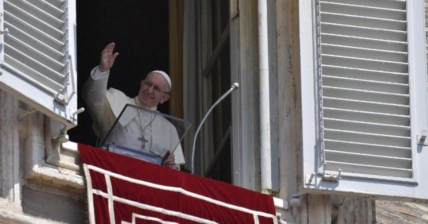 Papa: Vjerovati u Isusa kako bi mogli činiti djela Božja