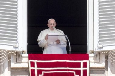 Papa: djela ne smiju biti zagađena svjetovnim mentalitetom
