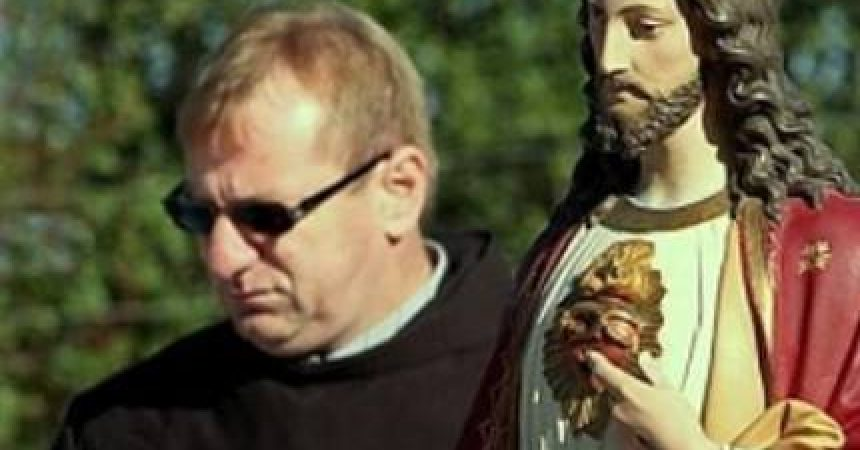 "(VIDEO) ""OVA molitva je MALI EGZORCIZAM!"" – fra Ivo Pavić"