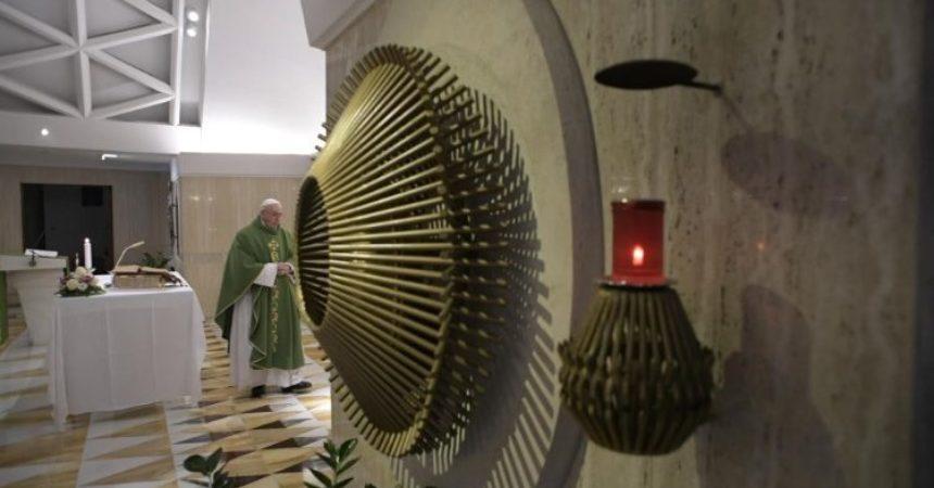 Papa: Postoji Božje milosrđe, ali i Njegov gnjev
