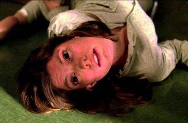 Dok je psihijatar molio OVU molitvu, pacijentica je počela puzati po podu kao ZMIJA i ispuštati…