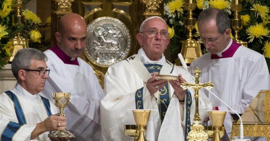 Papa Franjo: Primiti pričest znači primiti živoga Krista