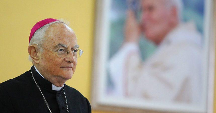 Nadbiskup Hoser: Ovo što se danas događa je VRAŽJE DJELO!