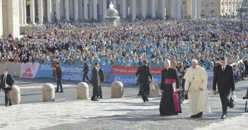 Papa: Bog voli svaki život, pobačaj nije ni civilizirano, ni ljudsko djelo