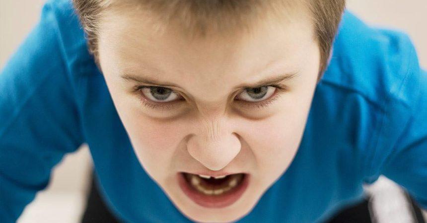 (VIDEO) UŽASNI URLICI dječaka! Da li i vi imate OVAKVE PROBLEME sa vašom djecom?!