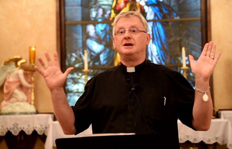 Egzorcist Petar Glas: 'Sotona nema vlast nad nama, osim ako…'