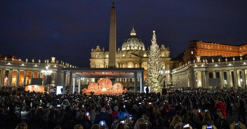 Deseci tisuća vjernika dočekat će Božić u Vatikanu i Betlehemu
