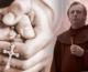 MORATE POSLUŠATI! Fra Ivo Pavić dok moli za zdravlje teško opsjednuti URLAJU I REŽE!
