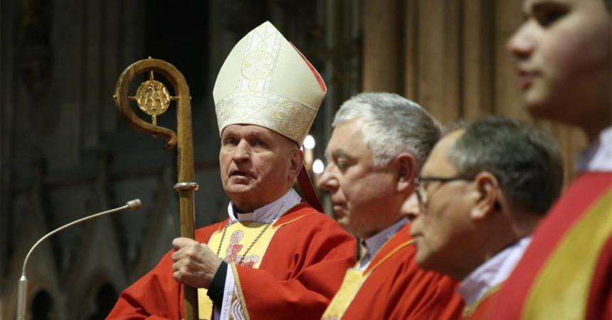 Biskup Pozaić: Blaženikov glas zbori autentično, daje glas duši hrvatskoga naroda!