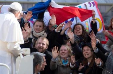 Papa pozdravio hrvatske hodočasnike s Katoličkoga bogoslovnog fakulteta u Đakovu i ohrabrio ih