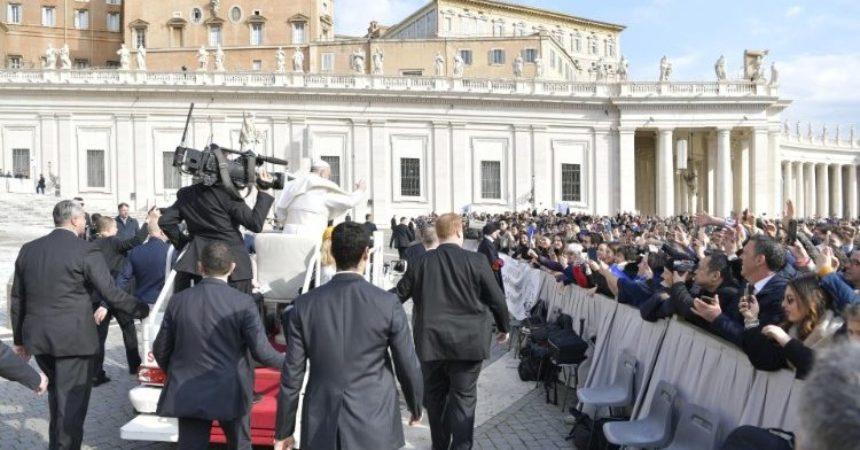 Papa: Budi volja Tvoja, hrabra je molitva onih koji vjeruju da je Bog Otac
