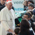 Papa: Brinuti se brinuti o bolesniku znači brinuti se o njegovu tijelu i duhu