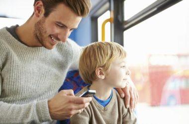 Dok su roditelji na mobitelu, djeca se osjećaju nebitno