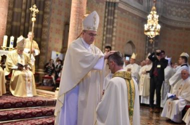 Biskupsko ređenje đakovačko-osječkog pomoćnog biskupa mons. Ivana Ćurića