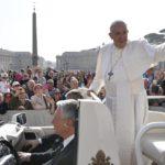 Papa: Treba oprostiti drugima, ne rješava se sve pravdom