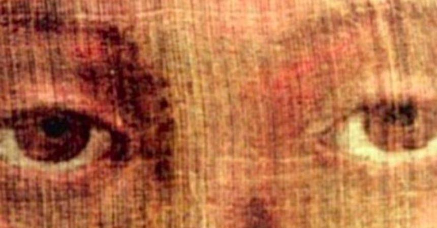 (FOTO) OVO JE LICE KRISTA U TRENU USKRSNUĆA! Znanstvenici nijemi, tvrde da je riječ o najvećem čudu na Zemlji