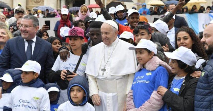 Papa: Pred snažnom prisutnošću zla u svijetu, kršćani osjećaju da je Isus na našoj strani