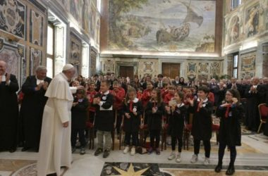 Papa: Poučavanje nije samo zanimanje nego i poslanje