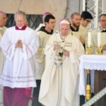 Papa: Tko se približava Bogu ne silazi s puta nego ide naprijed