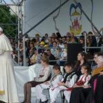 Papa Franjo u Rumunjskoj. Susret s mladima i obiteljima u Iaşiu