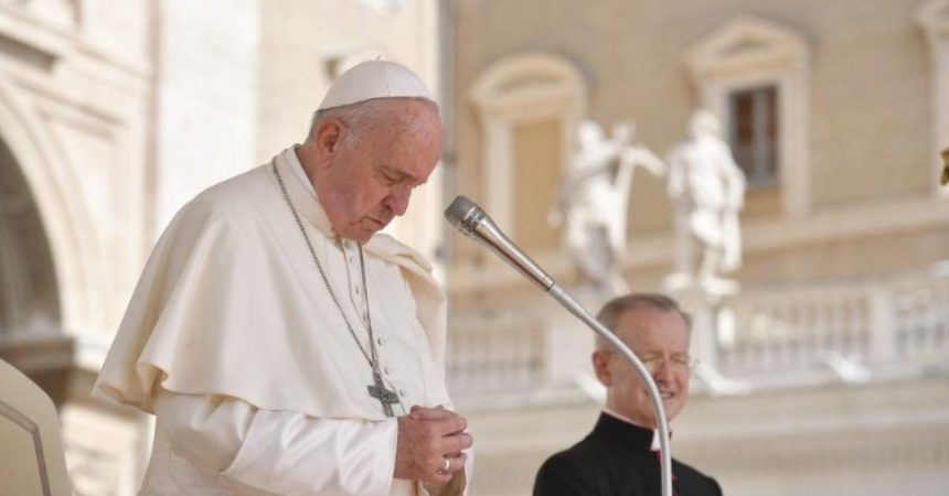 Papa izrazio sućut obiteljima žrtava koje su nastradale u ruskoj