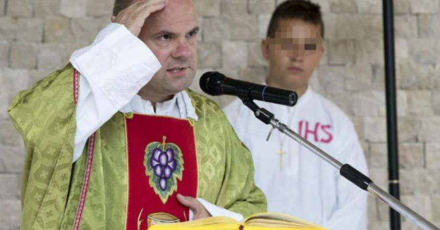 """Don Damir Stojić otkrio što mu se prije tri dana dogodilo na molitvi oslobođenja; """"Vidio sam kako je Isus nagrnuo preko mene…"""""""