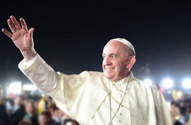 MNOGIMA NEVJEROJATNO! Znate li koja je godišnja plaća Pape Franje?