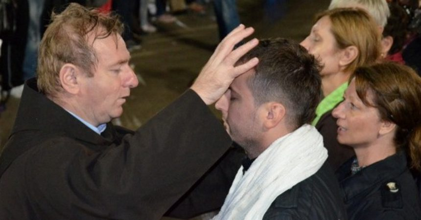 """EKSKLUZIVNO! Fra Ivo Pavić: """"Kad PADNETE ili imate reakcije, je znak da…!"""""""