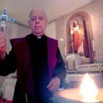 """(VIDEO) """"Koristim OVAJ križ na EGZORCIZMIMA jer…"""" – Otac Gabriele Amorth"""
