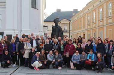 (Slavonija) Pokreta Božjeg Milosrđa na Ovčari, na području župe Levanjska Varoš organizirala hodočašće u Krakowo.a