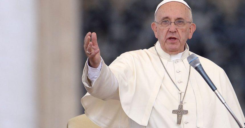 Papa: Neka se biskupi što više približe  Bogu, i neka više mole kako ne bi pali u ideologije