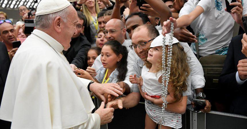 Papa: Gubitak je smisla života u najrazvijenim zemljama ozbiljna opasnost