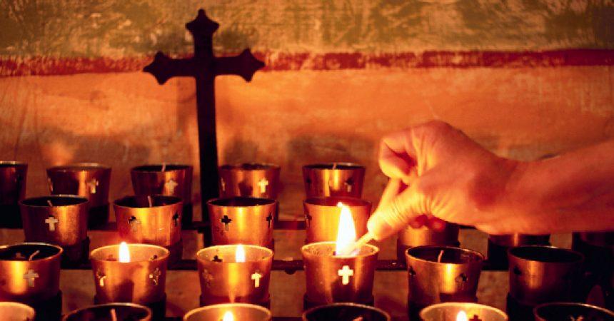 Što slavimo na blagdan Svih svetih, a što na Dušni dan?  Što zapravo znači kada kažemo da vjerujemo u »općinstvo svetih«?