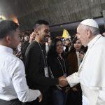 Japan. Papa mladima: Nije važno što posjedujemo nego s kim to dijelimo