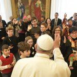 Papa djeci iz Katoličke akcije: Isus vas zove da budete mali mostovi između zemlje i neba