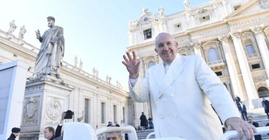 Papa Franjo: Boga se upoznaje kroz objavu i besplatnu ljubav