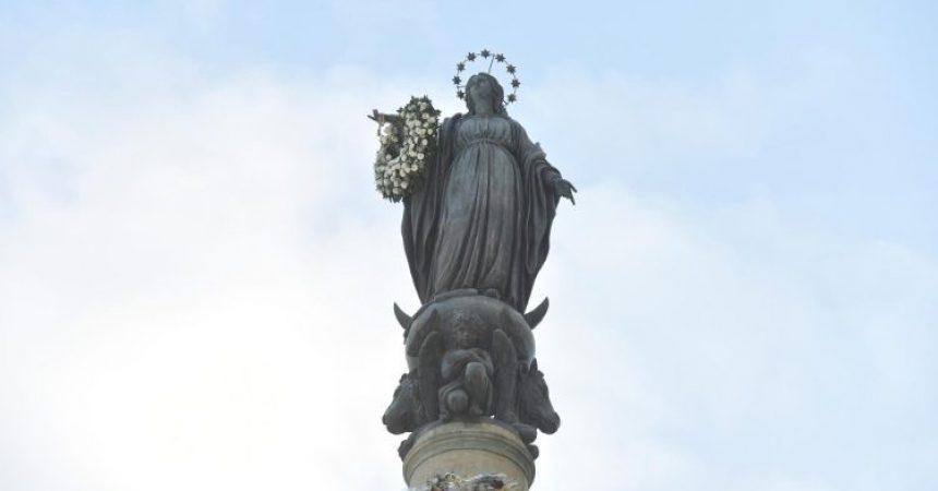 Papa Blaženoj Djevici Mariji povjerio one koji su izgubili nadu