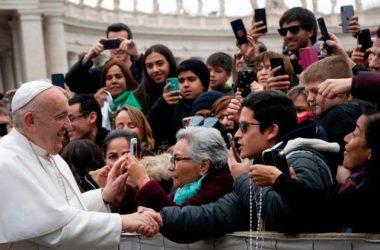 Papa: Odvojimo se u korizmi od televizora i mobitela, činimo djela milosrđa