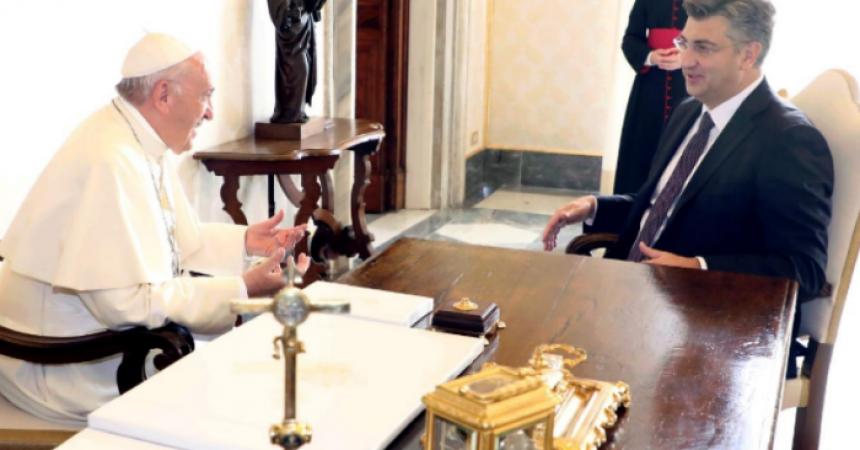 Ekskluzivno: Ovo će biti teme razgovora premijera Plenkovića sa Svetim Ocem Franjom