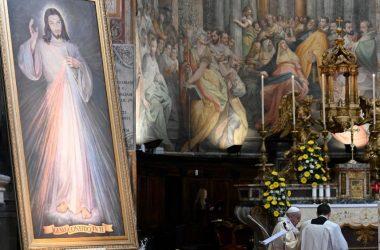 Papa: Božje nas milosrđe uvijek ponovno podiže u našim padovima