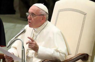 Papa Franjo: Duh Sveti može činiti čuda ako mu dopustimo da pobijedi ove tri napasti