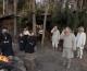 VIDEO Tri neuka starca hodaju po moru!