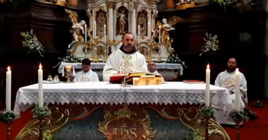 Veličanstvena propovijed franjevca koju su pogledale tisuće: U minuti raskrinkao zavjere!