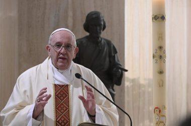 Papa: Neka Bog pomogne vladajućima, da u krizi budu ujedinjeni poradi dobra naroda